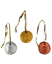 >The Games: Create your Own Medals - Activity Pack for 24 children