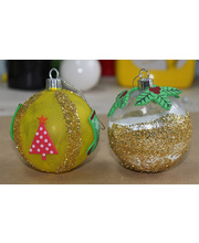 >Create your own plastic Christmas Bauble Activity Kit - Makes 30
